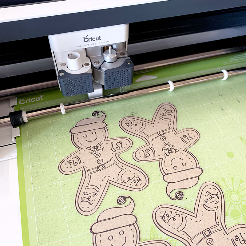cricut cutting gingerbread men