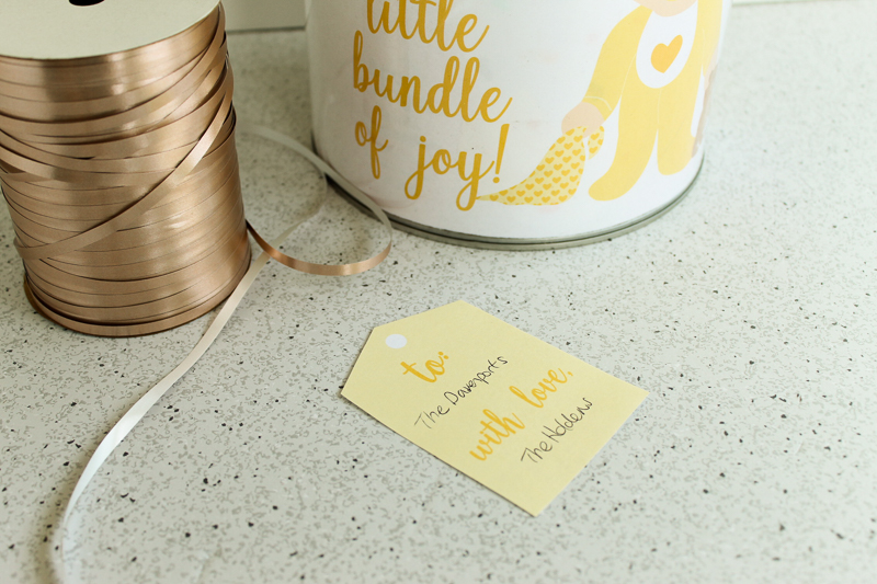 unisex baby shower gift tag