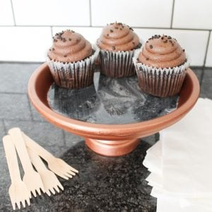 cupcakes on a resin cupcake stand