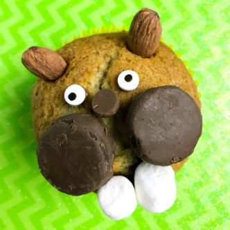 Groundhog day for kids just got a little better with these fun treats! Make these groundhog day muffins for your little ones in minutes! #groundhogday #kids