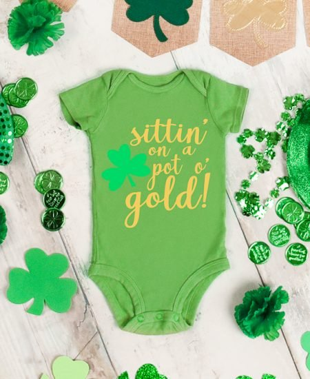 sittin on a pot o gold svg for babies