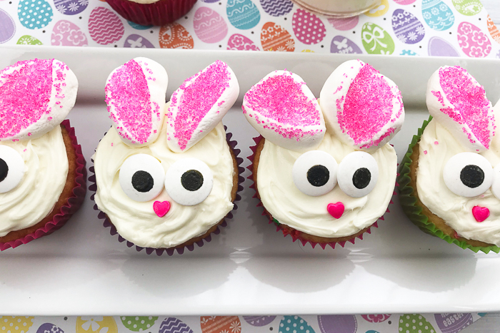 Easter bunny cupcakes that are easy to make for spring!