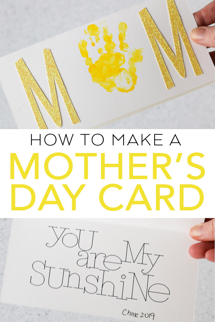 Learn how to make a Mother's Day card with your Cricut machine and your toddler or preschooler! This great handprint card is perfect for mom this year! #cricut #cricutmade #mothersday