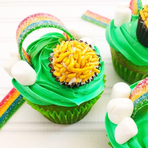 cupcake with rainbow