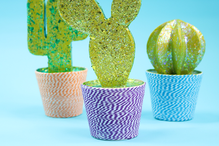 Make a DIY cactus for your home's decor with this tutorial using Mod Podge and paper mache.