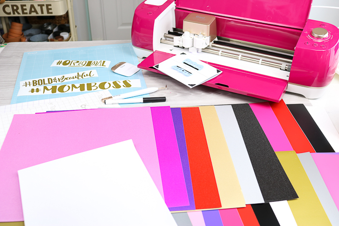 Contents of the Cricut Wildrose Explore Air 2 Bundle exclusive to JOANN stores