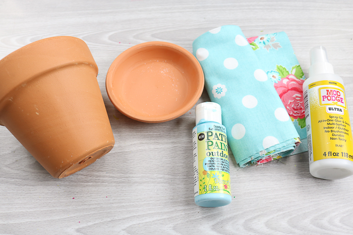 Supplies needed to make fabric plant pots