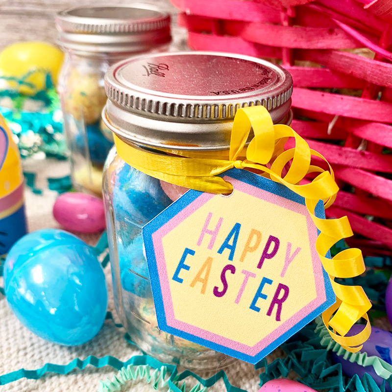 Easter mason jar gift with happy Easter tag made on the Cricut machine