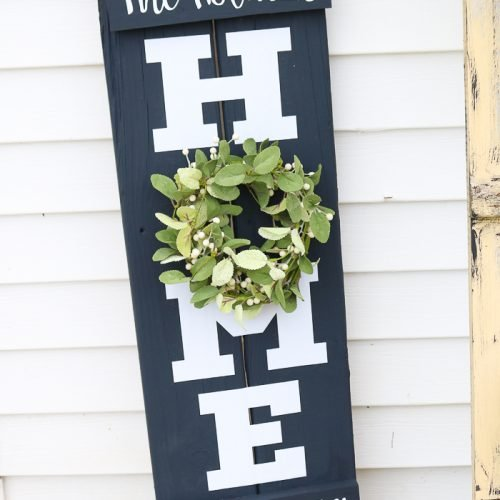 farmhouse wreath home sign