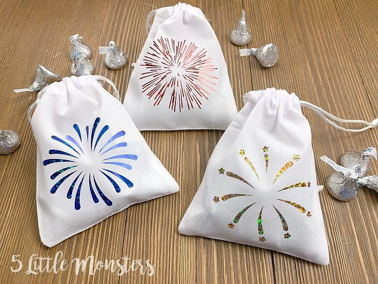 patriotic fireworks treat bags