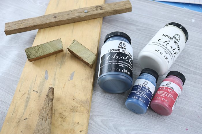 Supplies needed to make uncle sam decorations