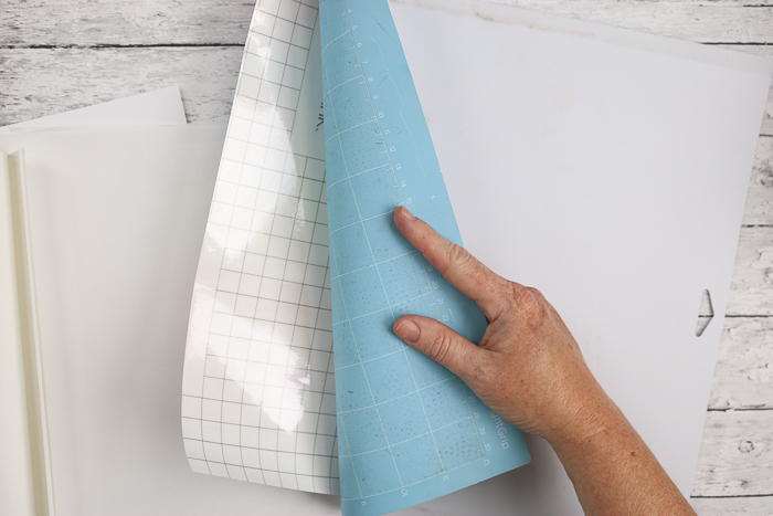removing material from a Cricut mat