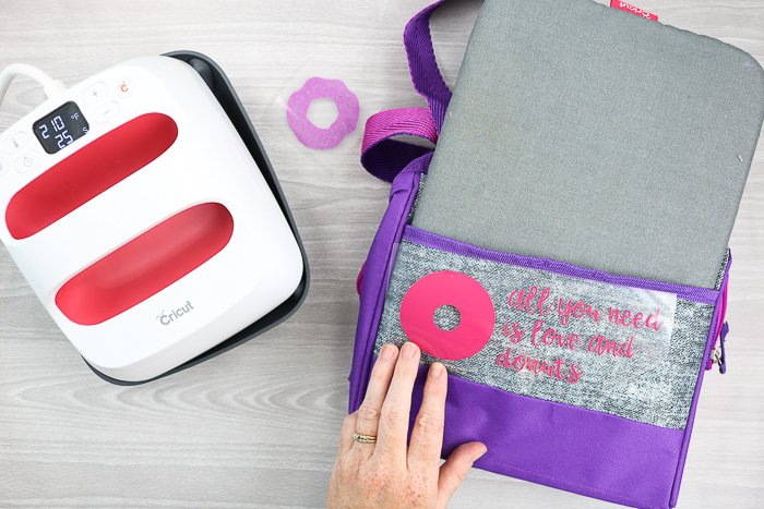 making a personalized lunch box with a Cricut