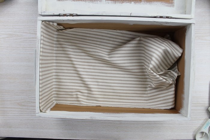 lining a vintage box with fabric