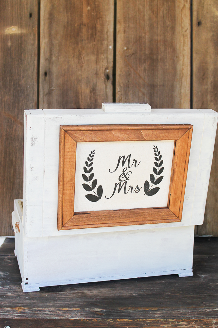 a vintage box used in a wedding