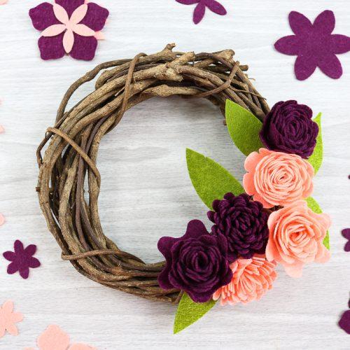learning how to make felt flowers