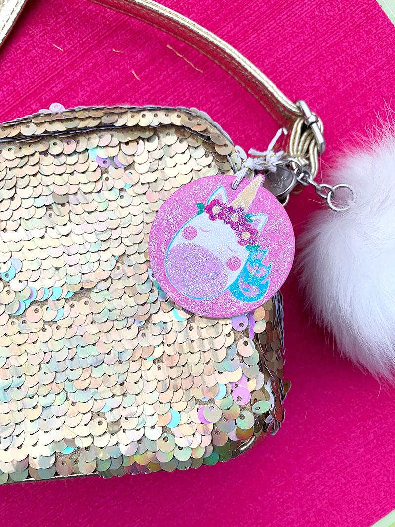 glitter DIY unicorn tag