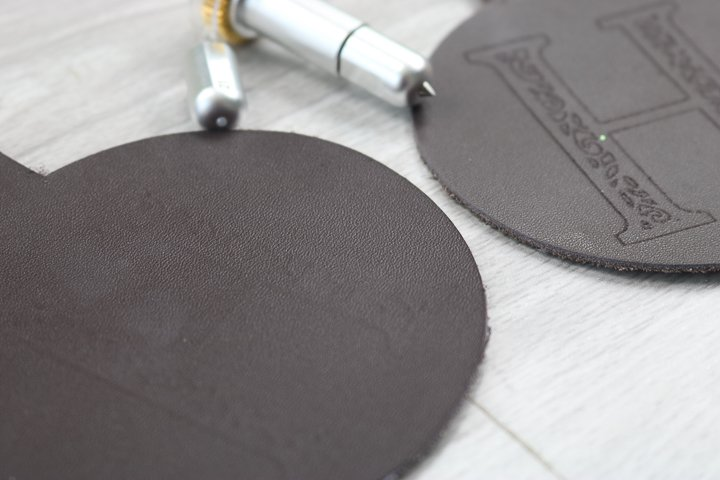 the best way to engrave leather with the cricut maker