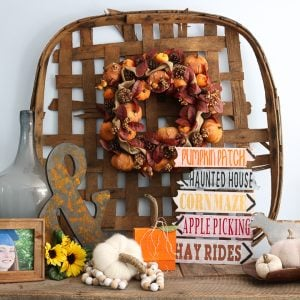apple picking fall sign