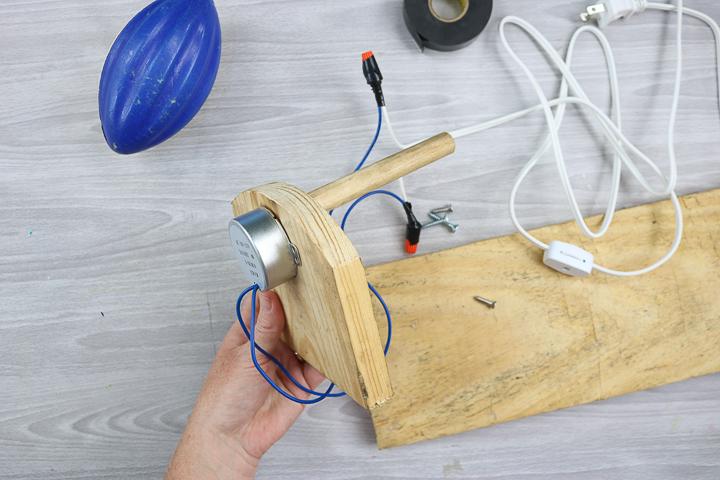 how to make a tumbler turner