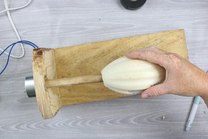 making a tumbler turner from scrap wood