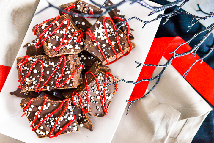 dark chocolate bark for halloween
