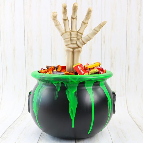glow in the dark halloween candy bucket