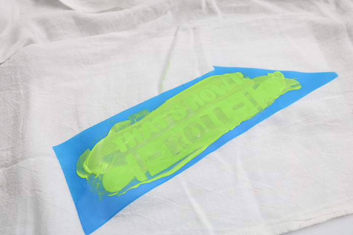 using squeegee on silkscreen