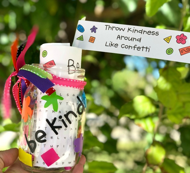party crafts Cricut-Kindness-Favor-Jar