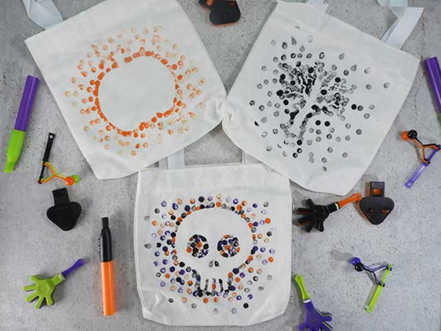 party crafts Halloween-Eraser-Stamped-Tote-Bags-Main