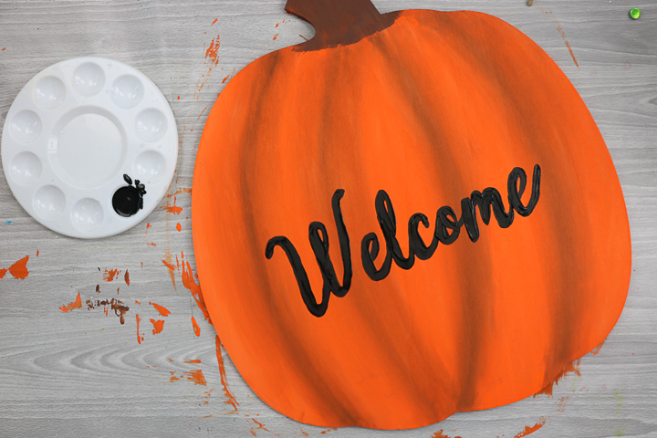 welcome on pumpkin door hanger