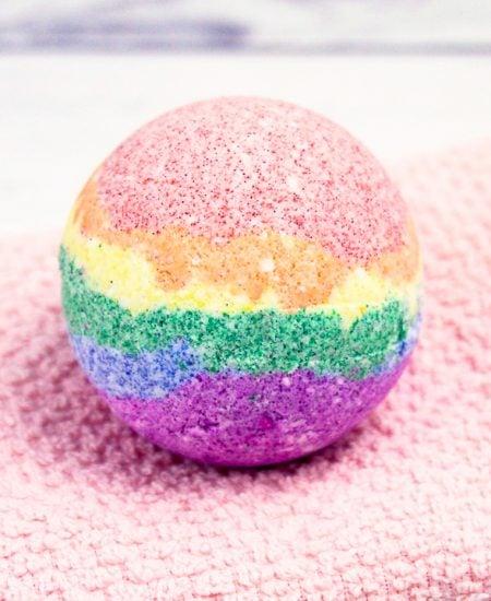 how to make rainbow bath bombs