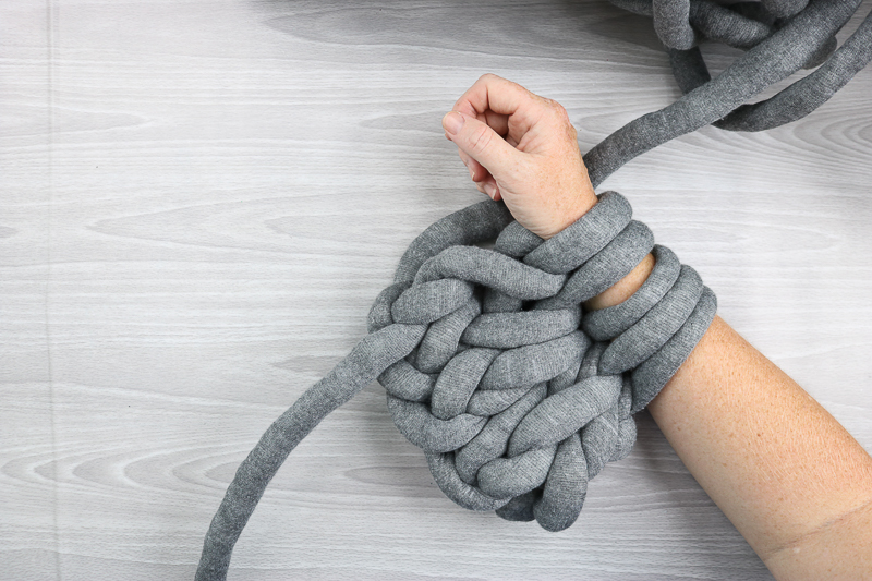 arm knitting how to