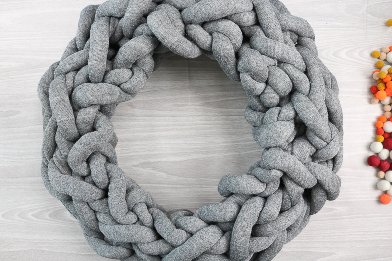 super chunky yarn wreath