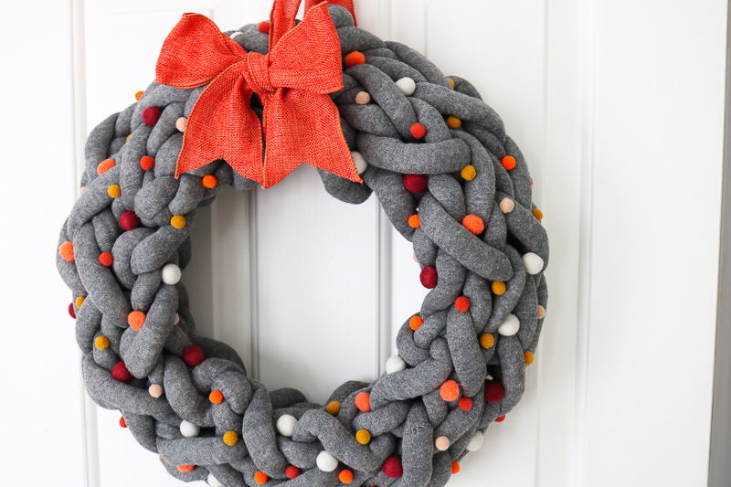 diy autumn wreath with yarn