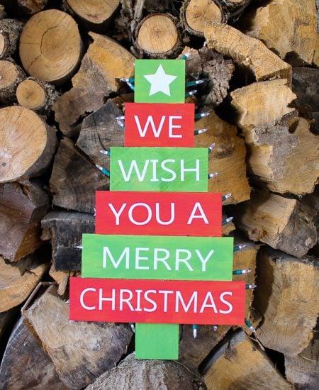 free svg to make a christmas sign