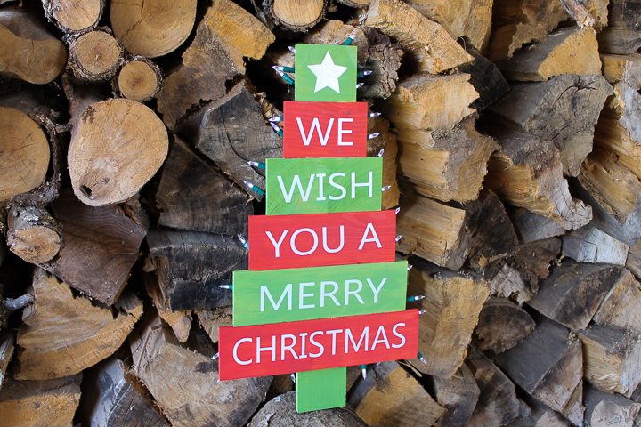 outdoor christmas sign made with a cricut
