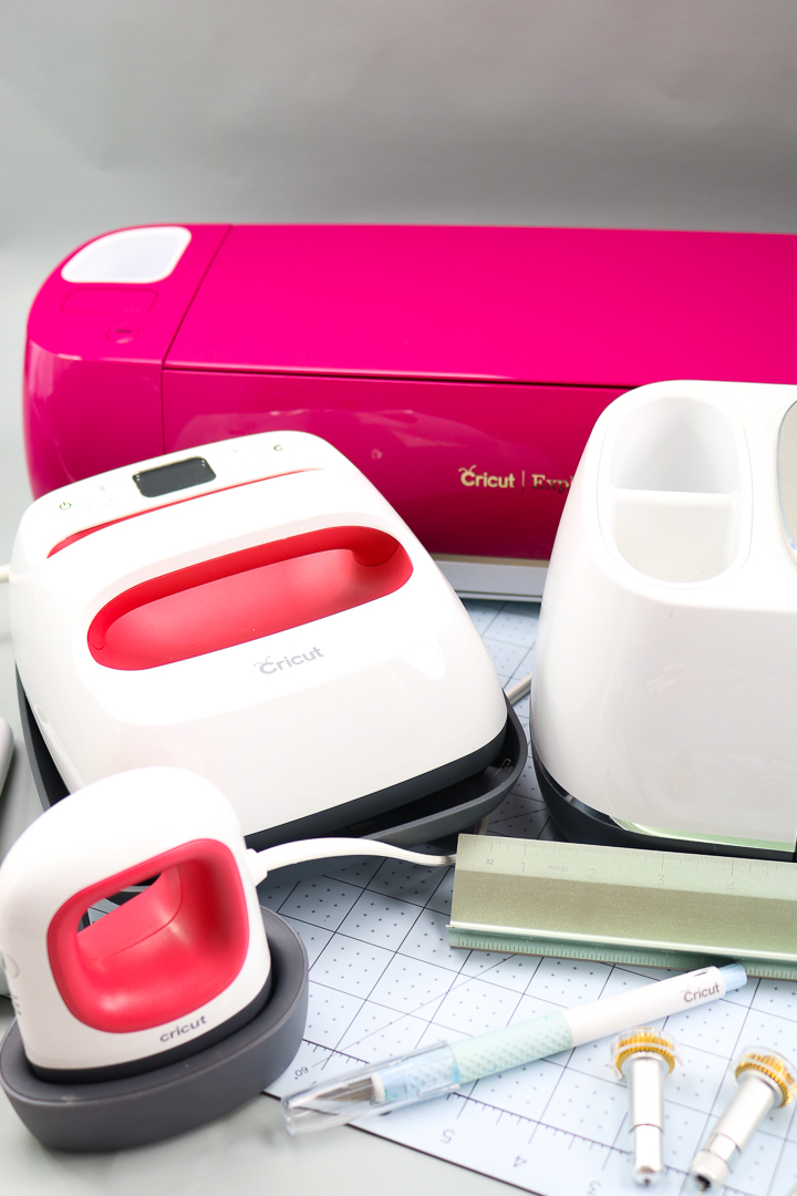 cricut gifts and a cricut gift idea for everyone