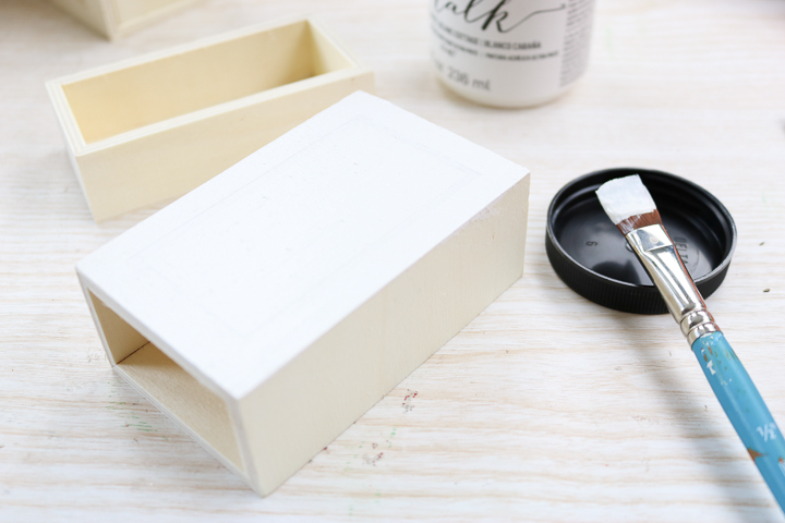 painting a wood box
