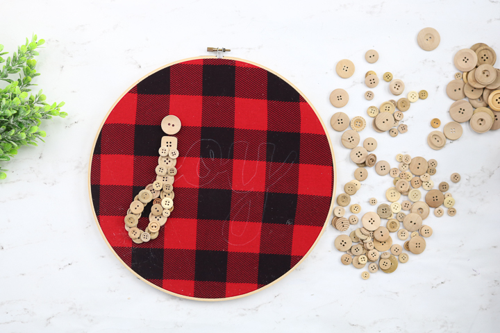 button letter on fabric