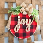 Embroidery Hoop Wreath for Christmas