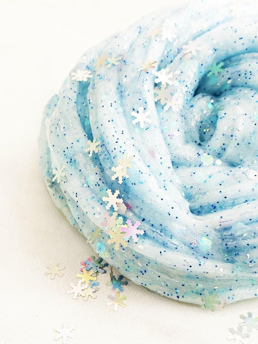 frozen-glitter-slime-recipe