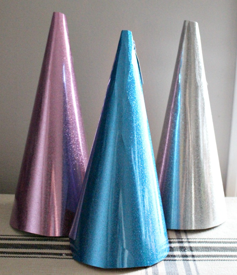 glitter-cone-Christmas-trees
