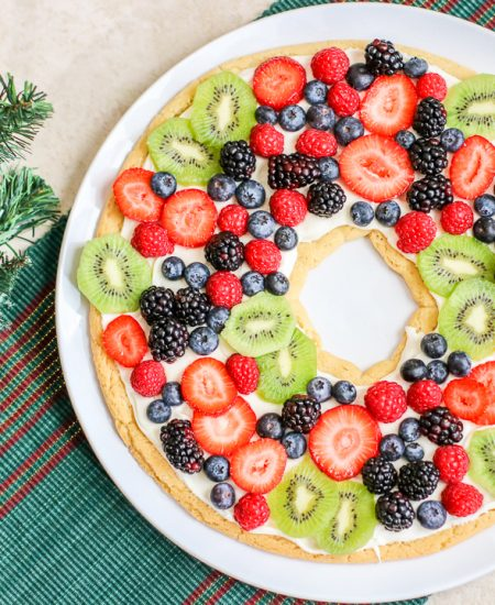 fruit pizza wreath
