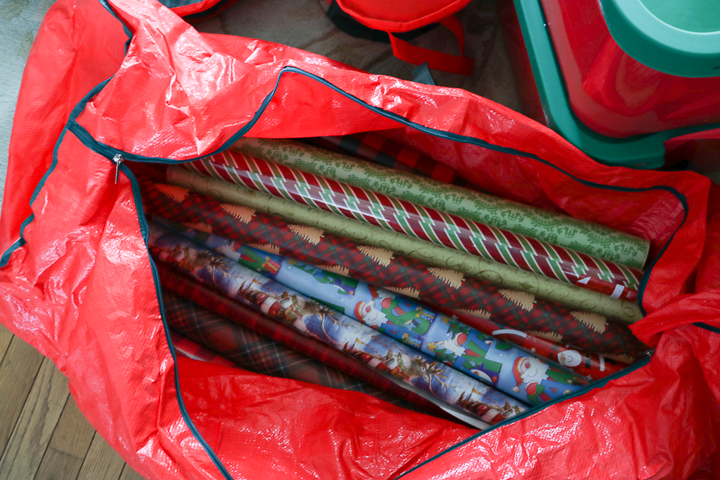 how to store christmas wrap