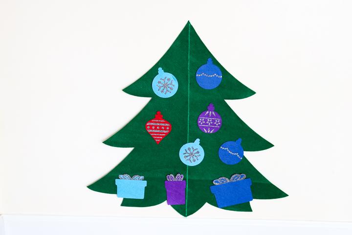 how to make a felt christmas tree with a cricut