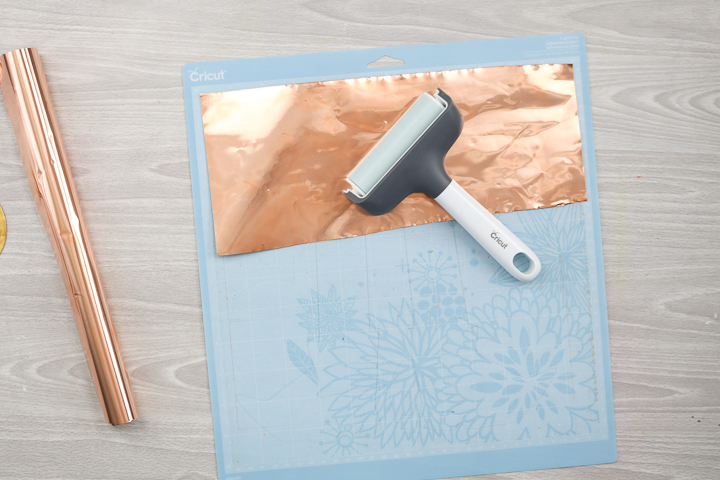 how to put copper on a cricut mat