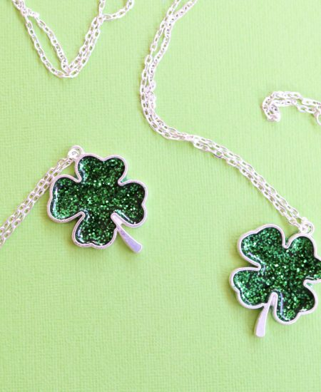 make a necklace for saint patricks day