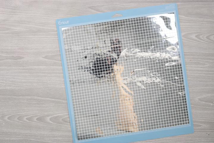 how to cut mosaic vinyl