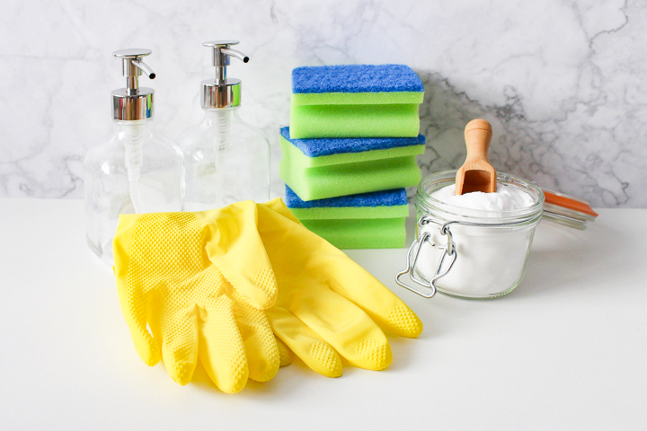 25 ways to clean naturally with corn starch